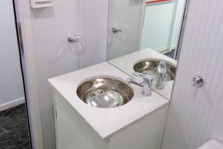 Módulo Mixto: Comedor Oficina Con Baño
