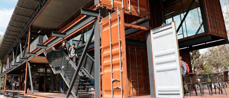 El Primer Edificio Educativo Realizado Con Contenedores En Latinoamérica
